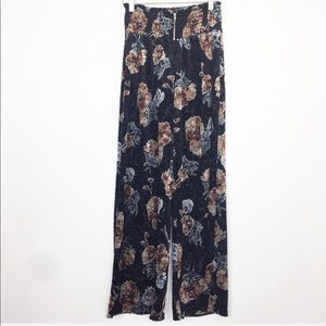 Monteau   Black Floral Velvet Flare Pants Large